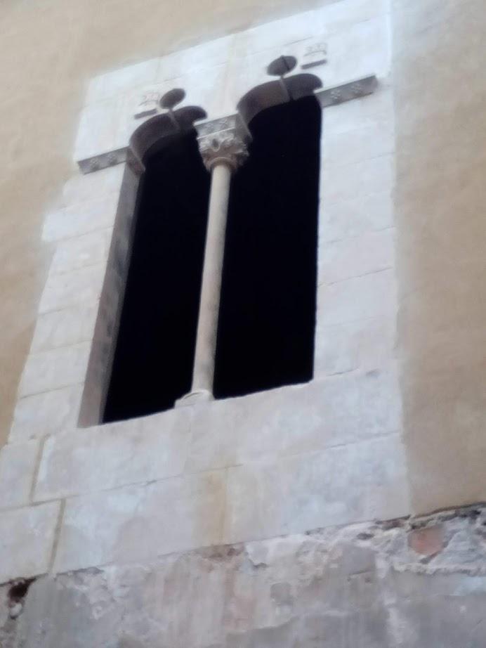 restauración de ventana gótica