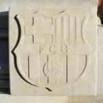 escudos de fútbol en piedra en formato sencillo