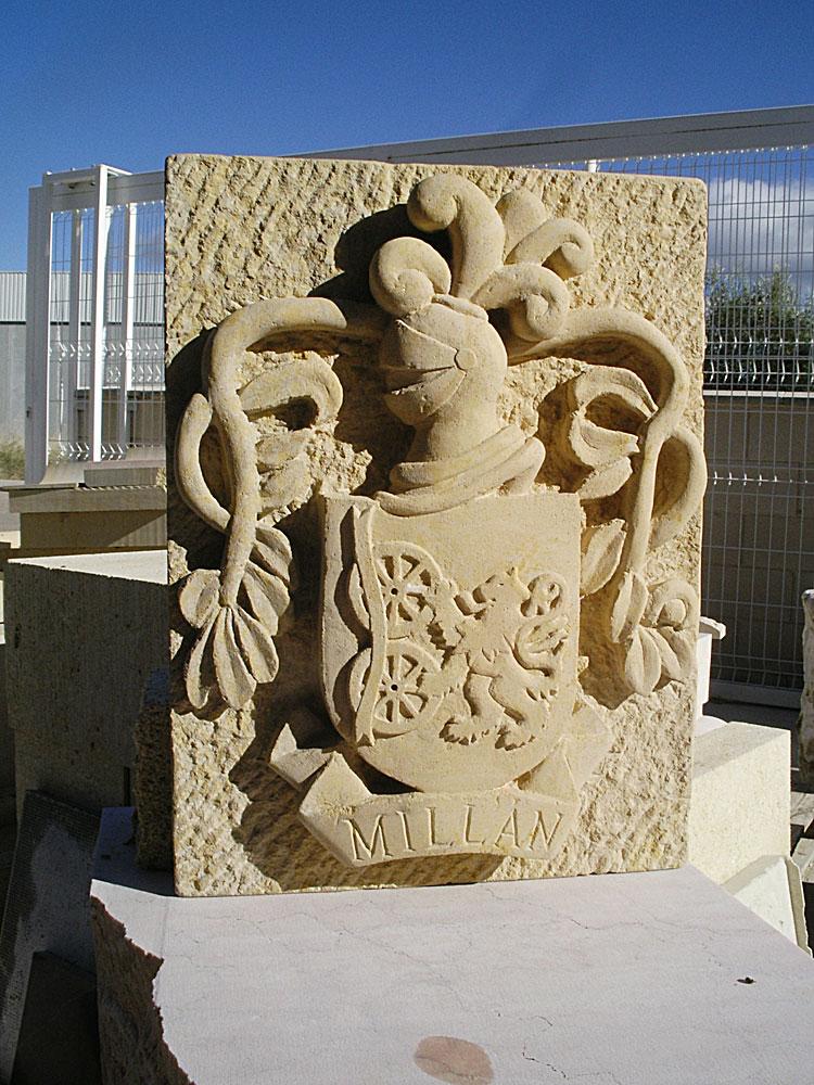 Escudo de piedra caliza de Silos
