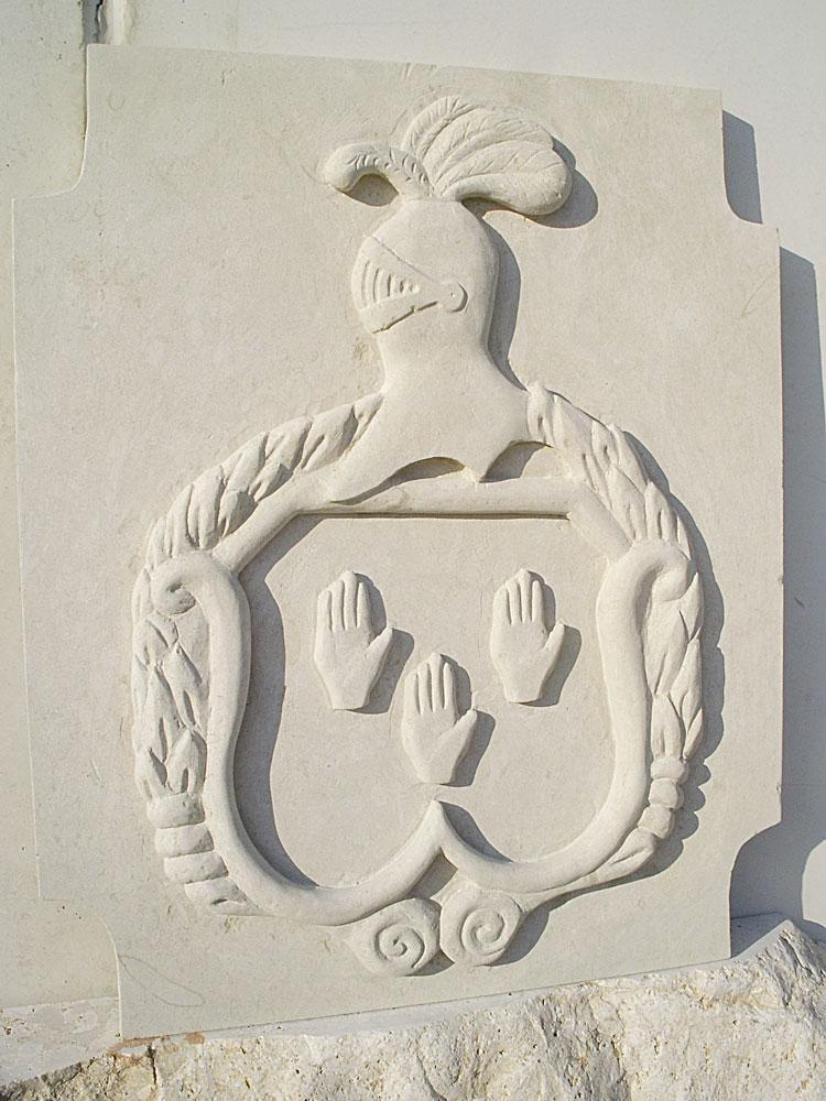 Escudo de piedra bateig