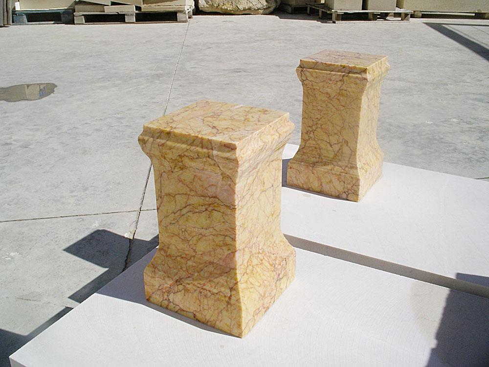 copia en mármol de pieza del museu de Xátiva