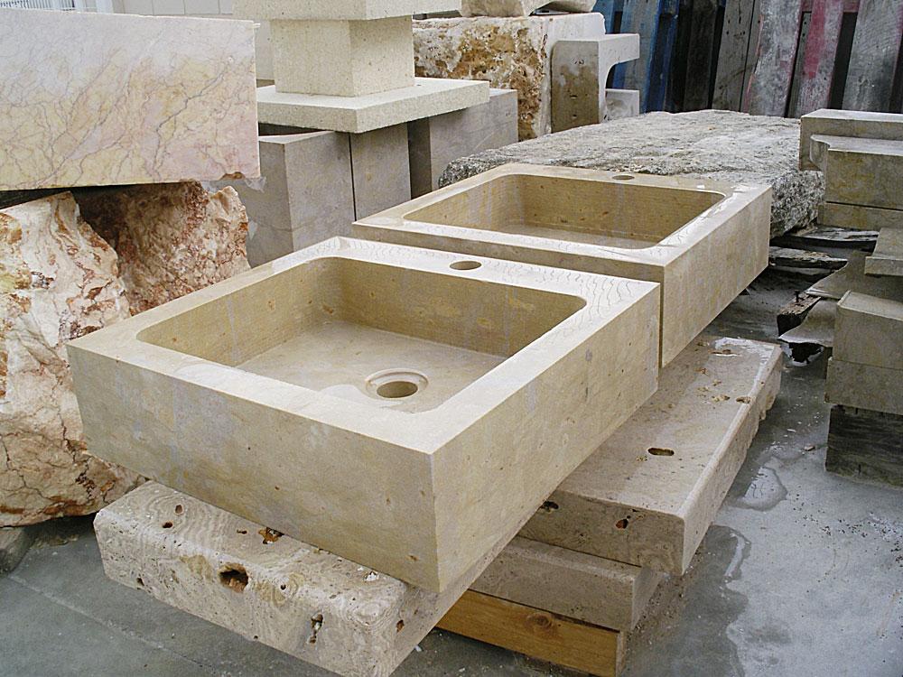 lavabos en pìedra de Ulldecona paredes verticales