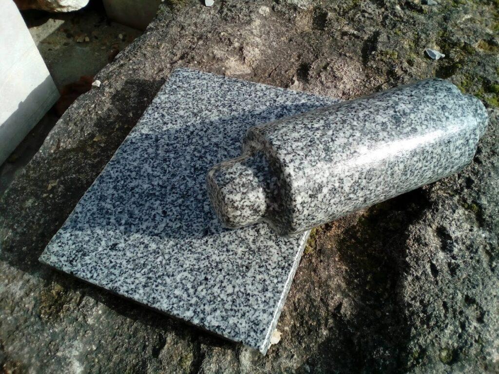 mortero plano de granito