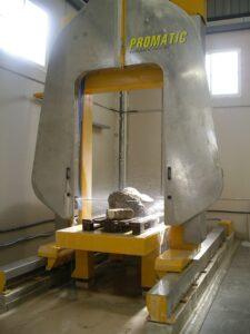 la molduradora en un tipo de maquinaria para piedra no muy común en los talleres