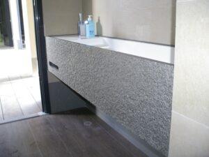 piedra en obra del baño