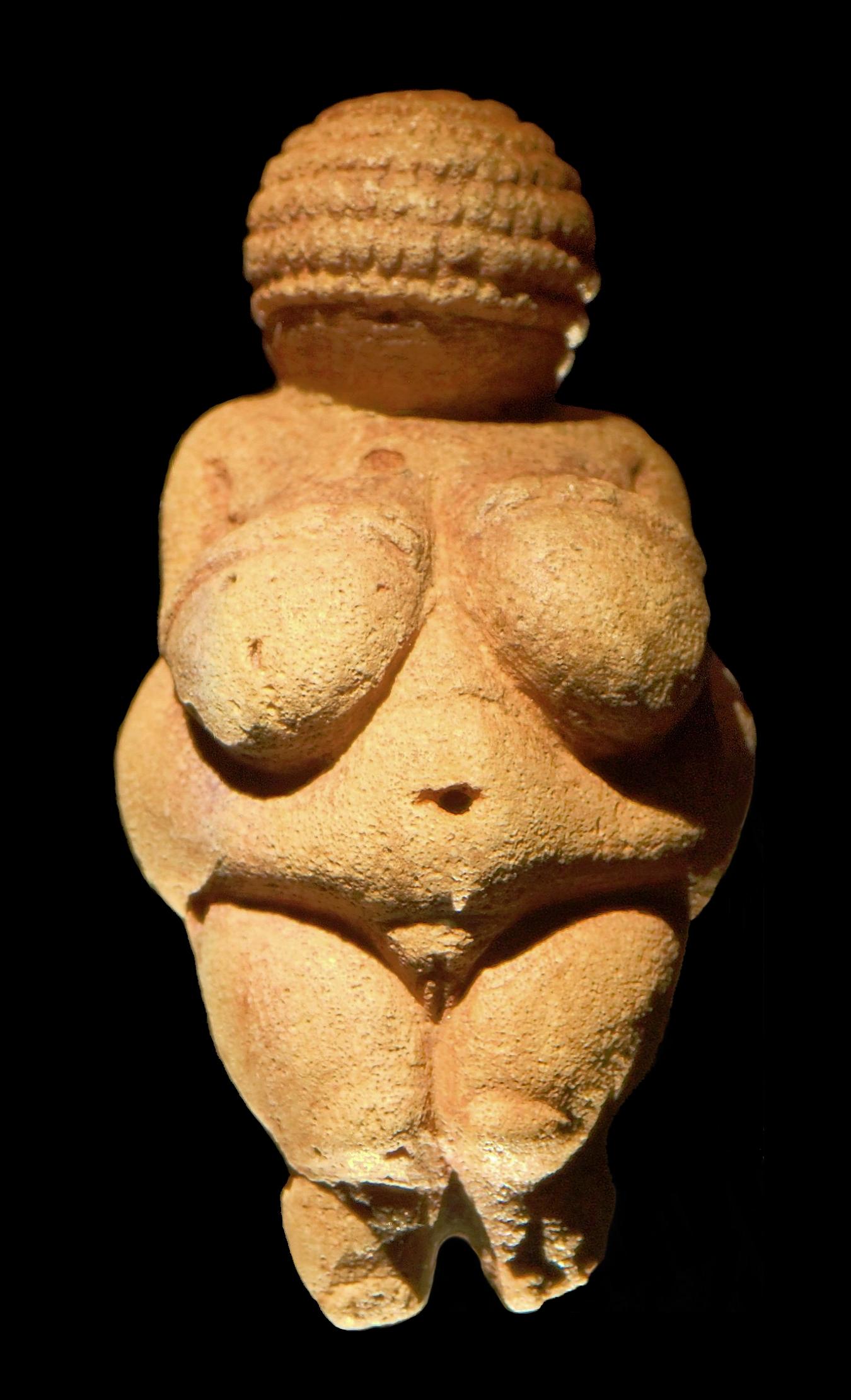 piedra y arte contenida en una pequeña escultura